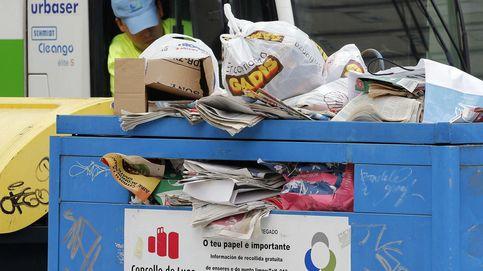 ACS trocea Urbaser ante la amenaza de Carmena y Colau con las basuras