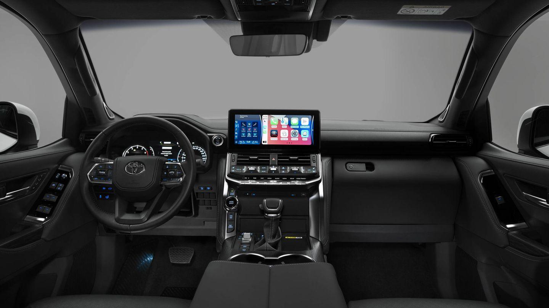 El interior es mucho más moderno, y está presidido por una pantalla central de 12,3 pulgadas. A su lado, el mando de arranque por huella.