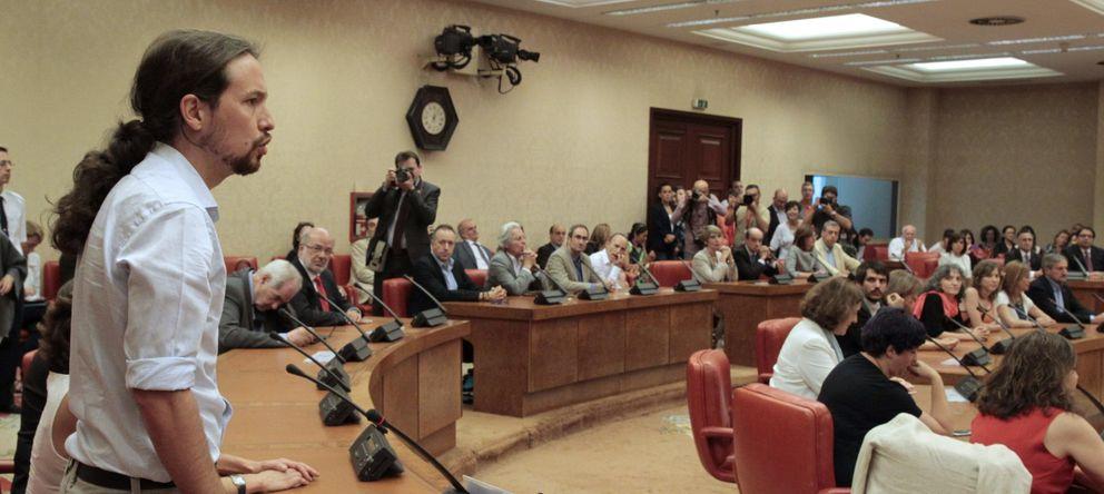 Foto: Pablo Iglesias, durante el acto de acatamiento de la Constitución en el Congreso. (Efe)