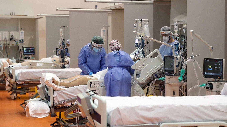Sanidad registra 22.744 casos de covid-19 desde el viernes y la incidencia se dispara a 199 puntos