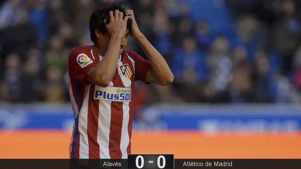 Foto: Gaitán tuvo la mejor ocasión del Atlético, pero falló en el mano a mano ante Pacheco (Vincent West/Reuters)
