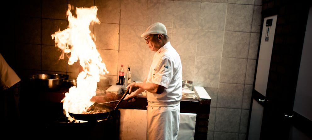Foto: El chef Javier Wong, ganador del premio al mejor plato de comida rápida del mundo. (David Zhou/CC)