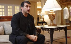 Laporta tendrá que aclarar ante un juez su relación con un agente internacional de la FIFA