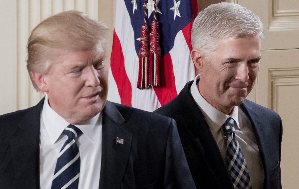 Foto: El nominado a la Corte Suprema, Neil Gorsuch, y el presidente de los Estados Unidos, Donald Trump. (EFE)