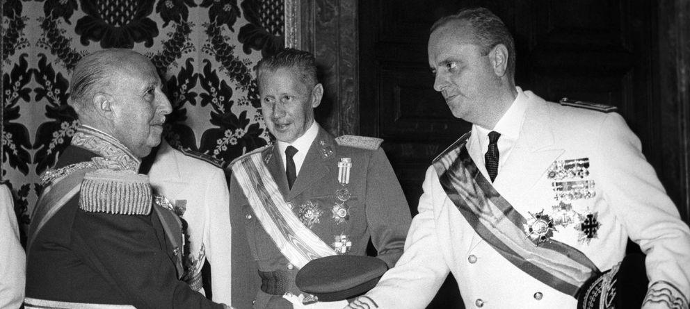 Foto: Franco y Fraga, en 1966. (Efe)