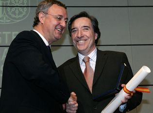 Foto: Iñaki Gabilondo y José María Pérez 'Peridis' reciben la Medalla de Oro del Mérito al Trabajo
