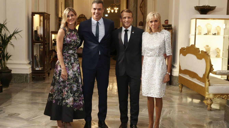 Foto: Pedro Sánchez y Emmanuel Macron junto a sus esposas, Begoña Gómez y Brigitte Macron.