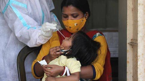 La India supera por primera vez los 200.000 casos diarios