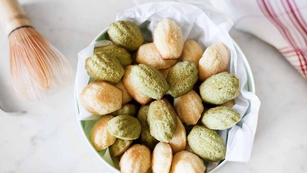 Minimagdalenas de ron y té matcha: un estimulante viaje al país del sol naciente