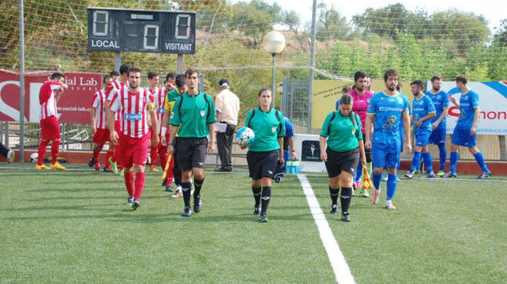 Foto: Marta Galego, en el centro de la imagen. Foto: FRANCESC FÀBREGAS GAYA