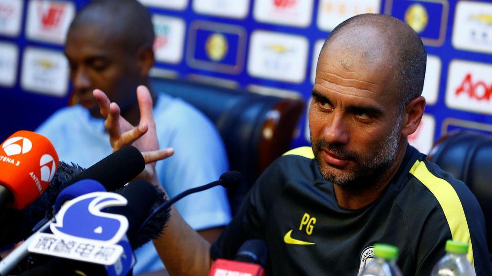 Foto: Pep Guardiola en rueda de prensa. Foto: Thomas Peter (Reuters)