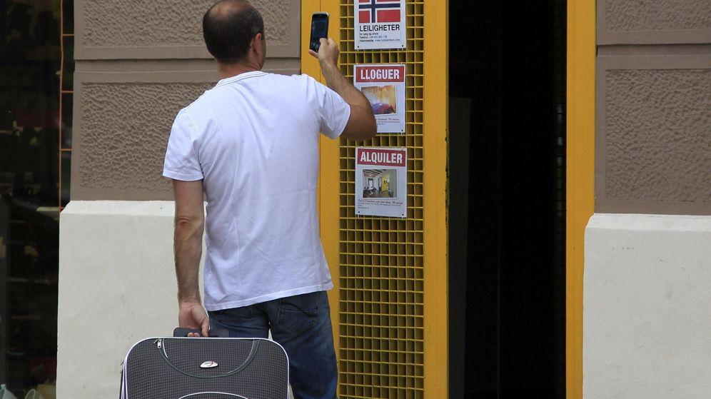 Foto: En los pisos turísticos, ¿prevalece el permiso del ayuntamiento o la negativa de los vecinos? (EFE)