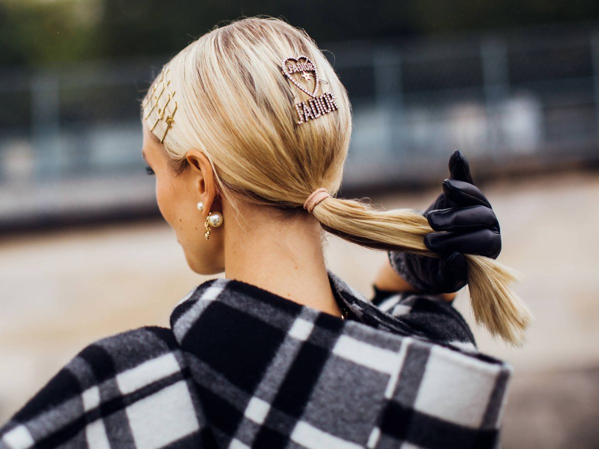Foto: Cosméticos extras para conseguir un cabello de anuncio. (Imaxtree)