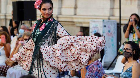 Desfile de moda flamenca en Sevilla