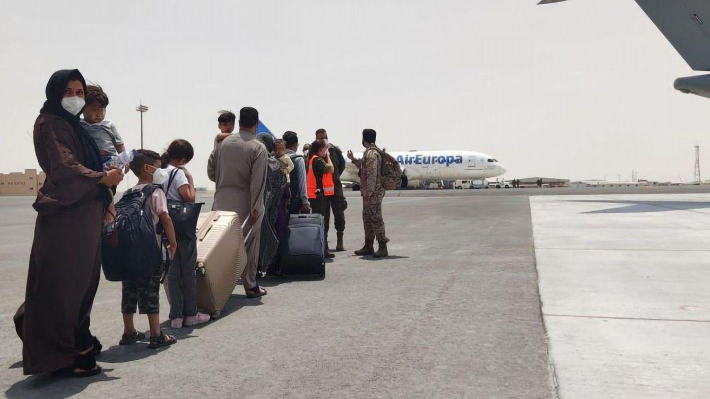 Pavor aéreo, sobornos y los tiros justos: otro gran éxito para la guerra al modo afgano
