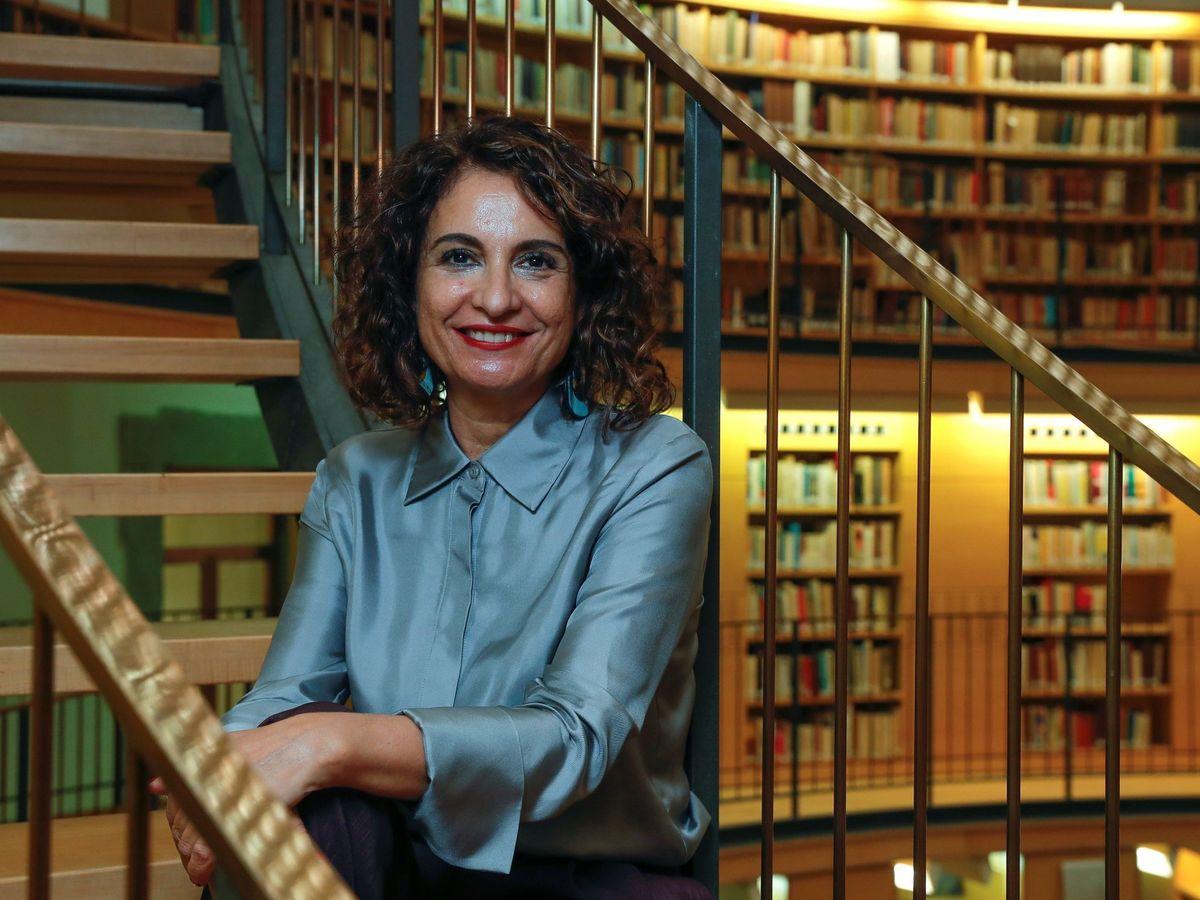 Foto: La ministra de Hacienda, María Jesús Montero, en una entrevista con la Agencia EFE. (EFE)