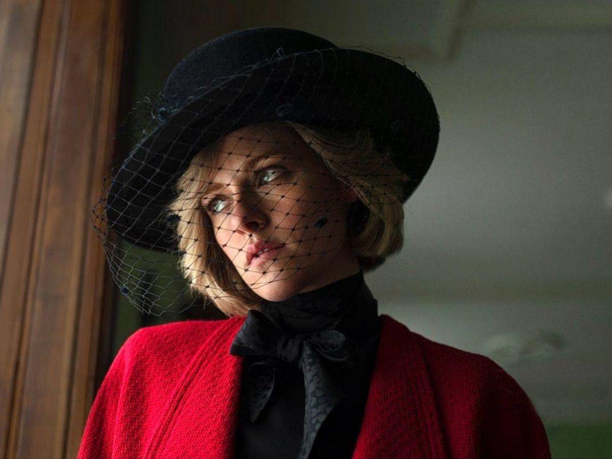 Foto:  La primera imagen de Kristen Stewart, como Lady Di. (IG @kristenstewart.officeal)