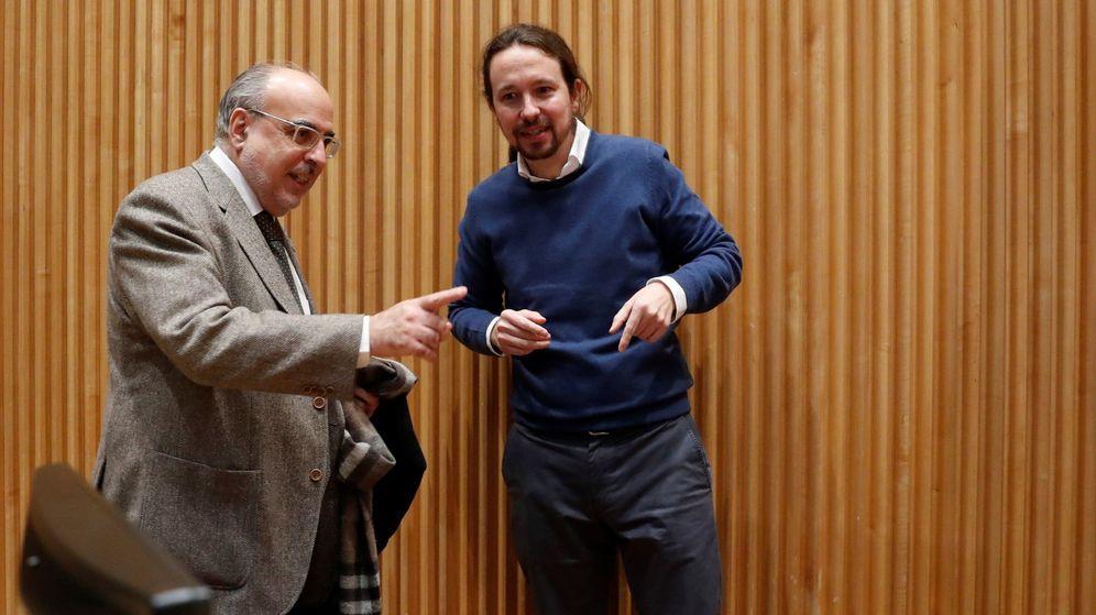 Foto: Presentación del libro nudo españa: un año después. (EFE)