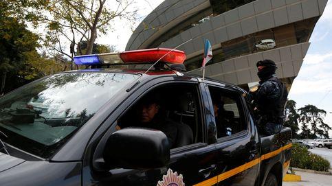 Golpe a Los Patrones: caen ocho policías corruptos que operaban junto a sicarios en Guatemala