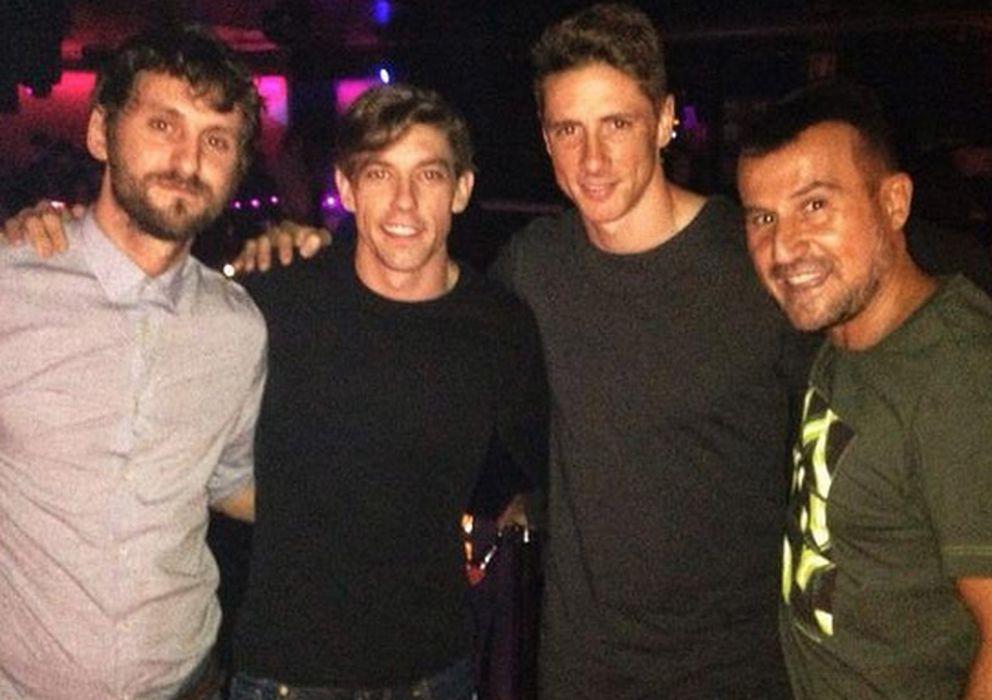 Foto: Fernando Torres junto a Raúl Arévalo, Adrián Latra y Richy Castellanos (Instagram)