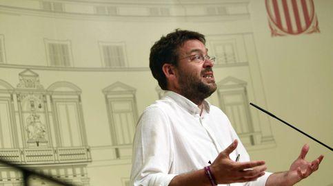 El apoyo de la dirección catalana de Podemos a 1-0 se lleva por delante al número dos