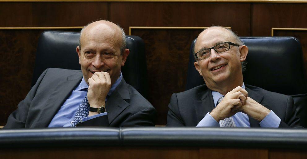 Foto: Wert y Montoro en el congreso (EFE)