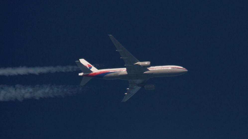 Foto: Un Boeing 777 de Malaysia Airlines sobrevuela Polonia. (Reuters)