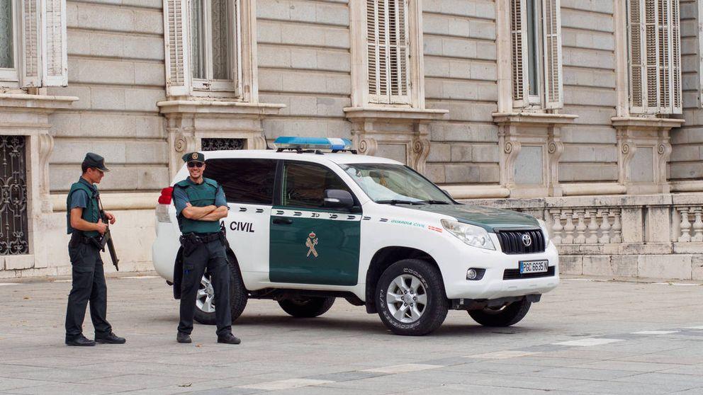 Al menos 40 inmigrantes detenidos por una pelea por el control del puerto de Ceuta