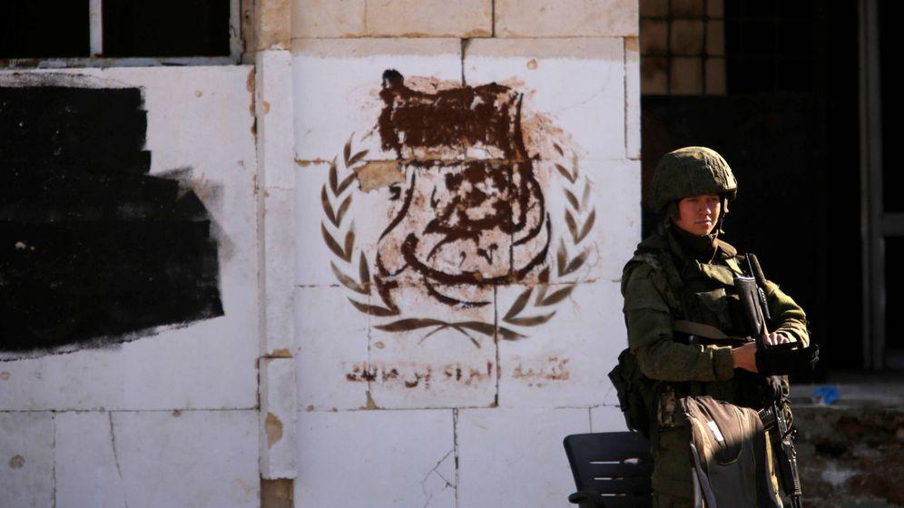 Foto: Un soldado ruso en Alepo, Siria, en diciembre de 2016. (Reuters)