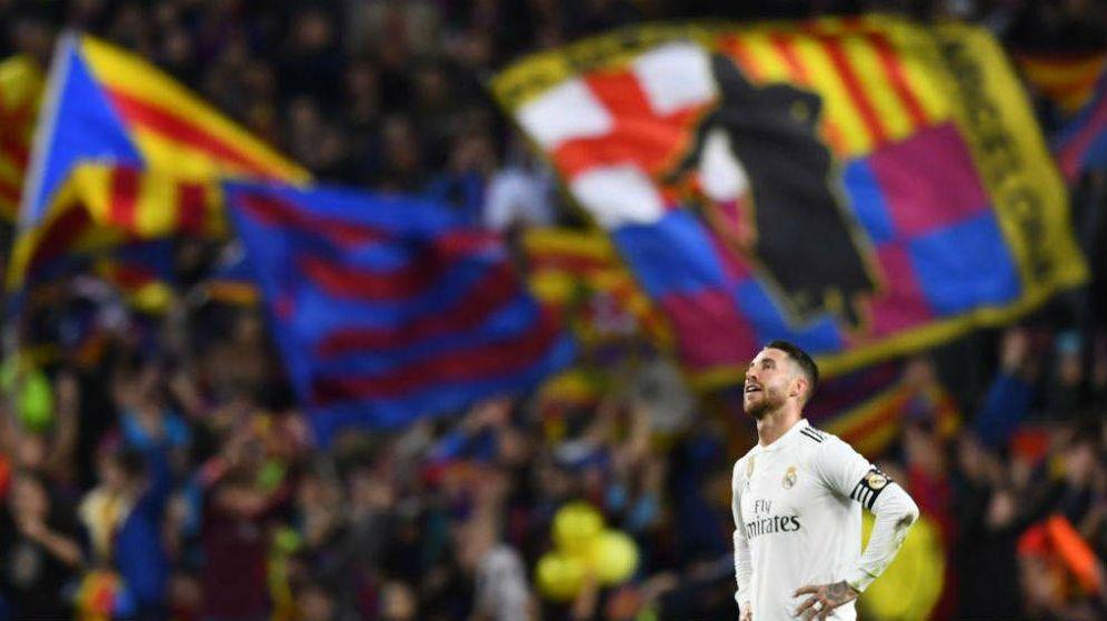 Foto: Sergio Ramos, durante un Barcelona-Real Madrid en el Camp Nou. (EFE)