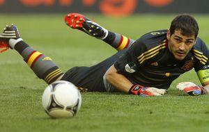 La Selección se convierte en la tabla de salvación para Casillas