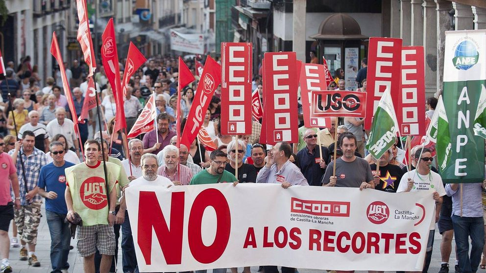 ¿Sobran funcionarios en España?