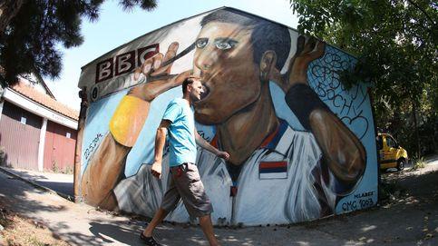 Mural del tenista serbio Novak Djokovic en Belgrado