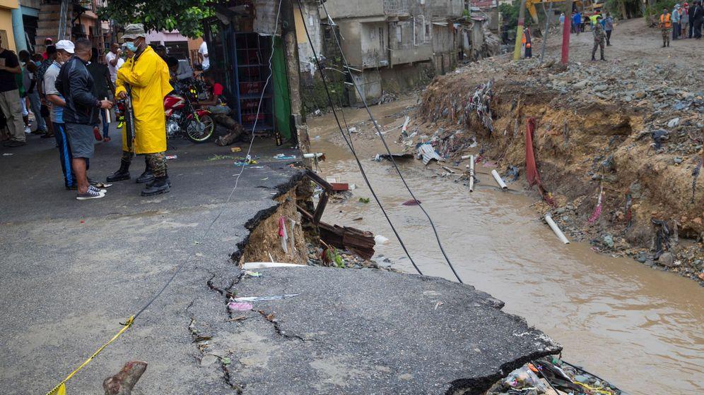 Foto: Destrozos en Santo Domingo por la tormenta. (EFE)