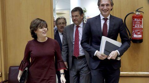 Báñez, Alonso, De la Serna, Ayllón... Santamaría enseña músculo en Génova