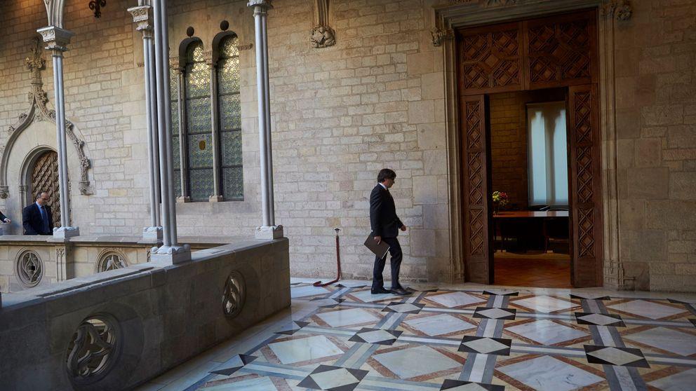 Un exiliado en Bélgica: Puigdemont se queda sin presidencia, sin partido y sin patria
