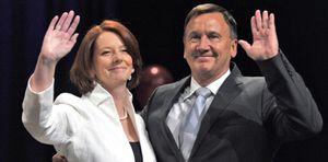 Los dos grandes partidos de Australia cortejan a independientes para gobernar
