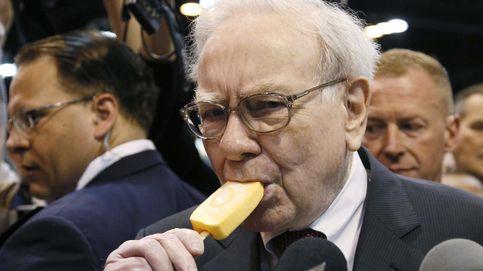 'The Economist' carga contra Buffett: el oráculo predica pero no cumple