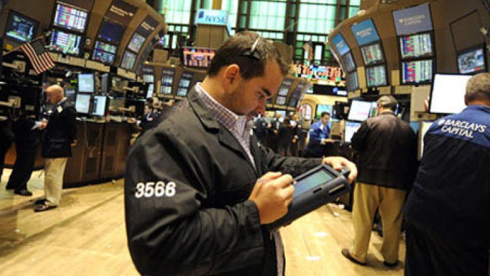 """""""Violando sistemáticamente la ética"""": el sector financiero es el más inmoral"""