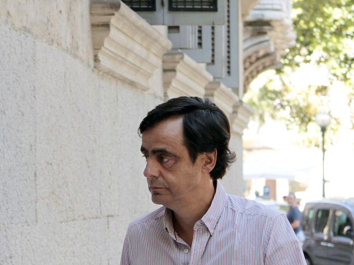 Foto: Alfonso Ruiz-Mateos, a su llegada a la Audiencia Provincial de Baleares en 2017. (EFE)