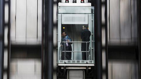 Entró en un ascensor el viernes y no pudo salir hasta que la rescataron el lunes