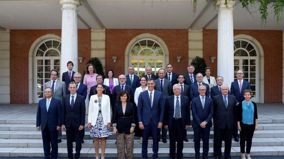 Foto: Pedro Sánchez preside la reunión del patronato de la fundación Carolina. (EFE)