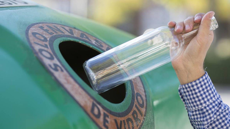 Los españoles reciclamos ocho millones de envases de vidrio al día en 2020