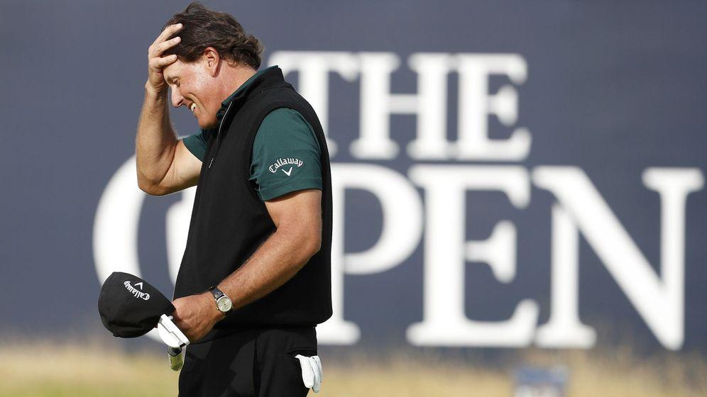 Foto: Phil Mickelson se lamenta. (Reuters)