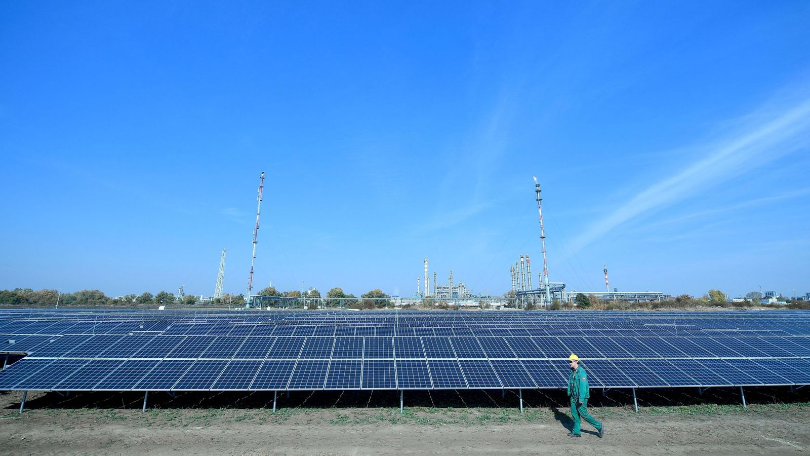 Foto: Una planta fotovoltaica. (EFE)
