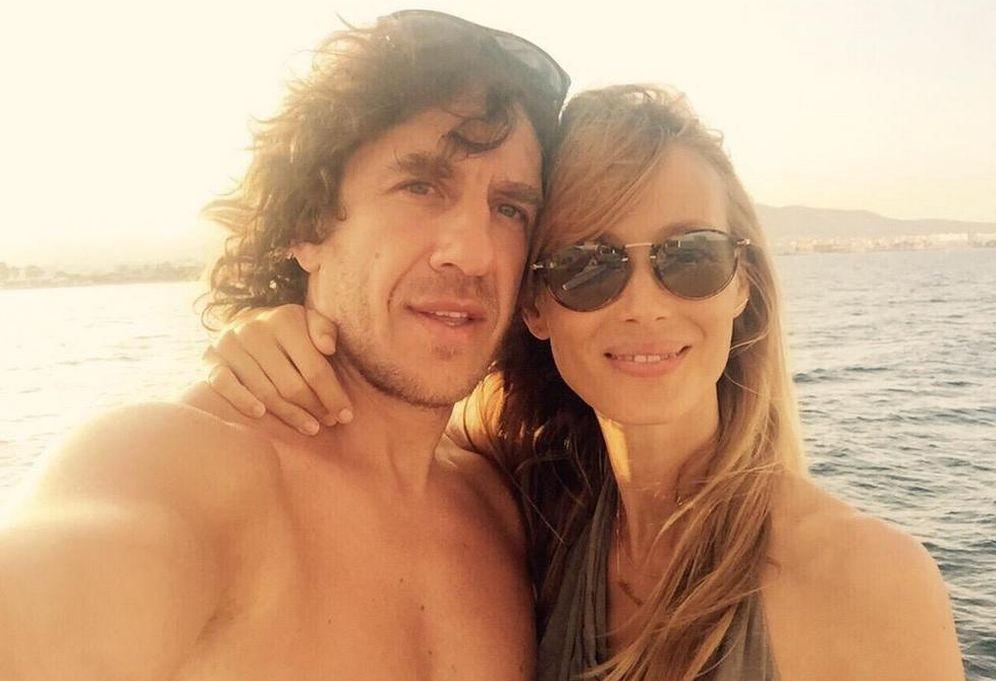 Foto: Carles Puyol y Vanesa Lorenzo (Twitter)