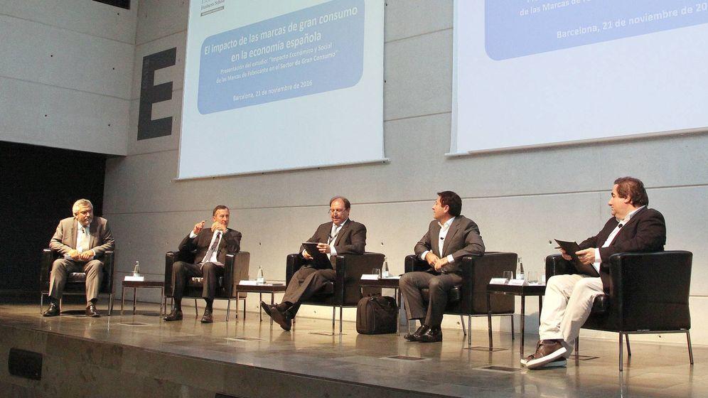 Foto: Una de las mesas del evento organizado por ESADE y Promarca: 'Impacto económico y social de las marcas de fabricante'. (EC)