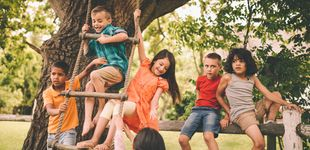 Post de 6 cosas peligrosas que deberías dejar hacer a tus hijos
