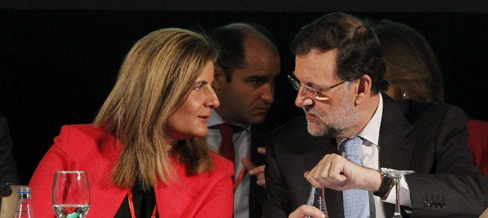 """Báñez traslada en Andalucía el mensaje de Rajoy de que hay que """"ganar la calle"""""""