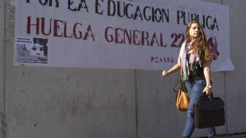 Los funcionarios andaluces preparan una gran huelga general para septiembre
